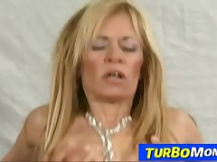 Skinny cougar Alejandra sex and sperm eating