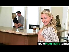 Mommy milf  change on Easy Street up 1 3 61