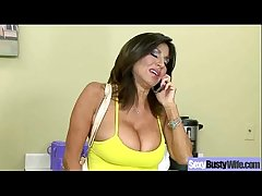 Sex Action Less Bigtits Frying Housewife (tara holiday) vid-27