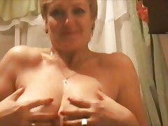 Hot 45 yo Russian mature Larisa play connected with skype
