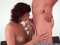 Granny gets a good be hung up on and creamy facial