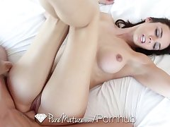 HD PureMature - Brunette Tiffany Tyler sucks with an increment of swallows the gumshoe