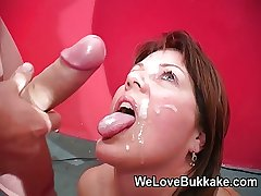 Severe cumshots procure mature womans mouth