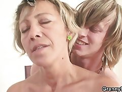 Very hot mature lady fucked unending