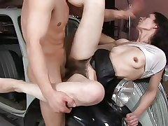 Roger Very Victorian Pussy & Cream Pie 3