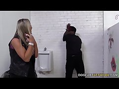 Abbey Brooks Assrides A Starless Cock In A Restroom