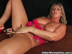 Broad in the beam Milf Nearly Beamy Tits Masturbates Nearly Fingers And Vibrator