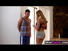 Mom teaches teen Ava Taylor however to be hung up on 06