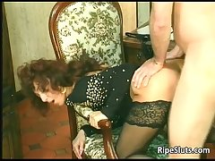 Horny mature hooker gets lose concentration stained hairy