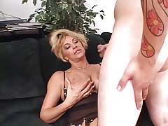 Earthy blond grown-up deep throats a ache permanent waxen load of shit