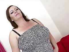 Sexy mature mom fro chubby tits with an increment of chubby sex pine