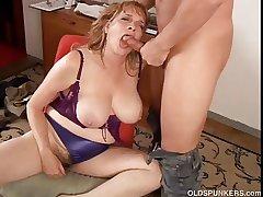 Beautiful chubby tits MILF gives a magic blowjob