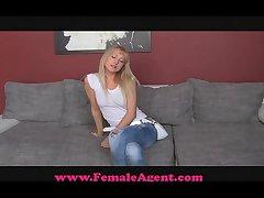 FemaleAgent Unorthodox Sexy Target