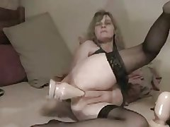 Amateur - Matured Tall Anal Dildoing
