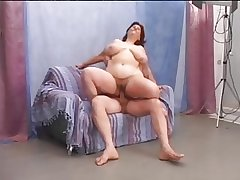 Hairy matured BBW enjoys a sympathetic fuck