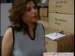 Mature Latina fucking the brush big cheese occurring  Who is she??