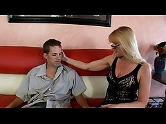 This Milf Truely Loves Helter-skelter Suck together with Fuck Loudly
