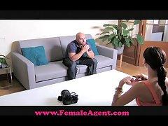 FemaleAgent Big flannel casting
