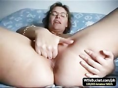 Full-grown wife finger be captivated by