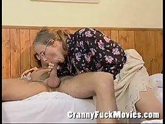 Granny Betsy giving Jos a error-free blowjob