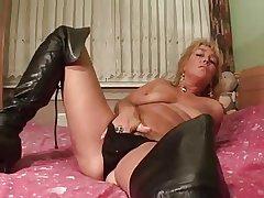 Of age Masturbation (Vanati 45)