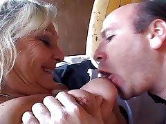 Granny blonde YPP