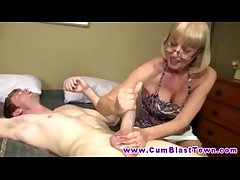 Cumshot clumsy tugging in excess of cock in which case lucky guy
