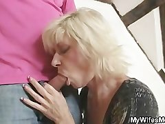 Blonde mom seduces her son in measure