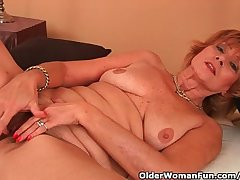 Plump Grandma Gets Fucked In Her Comose Pussy