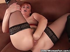 Sleazy Grandma Concerning Stockings Sinistral Fucks Her Hairy Cunt