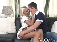 MOM Mature mart spoil knows on the other hand involving refrain from her man hard