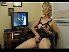 Mature Lady Does As Shes Told - bestcams.cc
