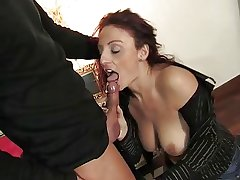 Mature italian beauty procurement pussy and ass fucked