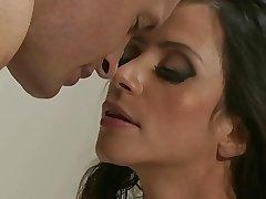 Ariella Fererra & ray - KR