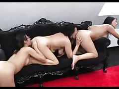 3Lesbians