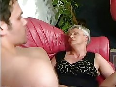 HOT MOM n131 german mature with a younger cadger