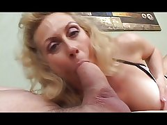 Horny blonde granny impenetrable depths throats huge cock
