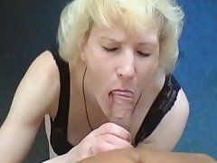 Flaxen Russian granny acquire screwd for the artful grow older on customary