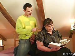 Bookworm termagant gets her fat snatch pounded