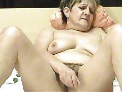 Granny ia a Webcam R20