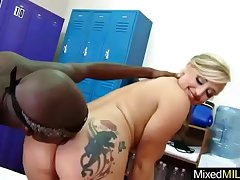 Monster Black Dick Inside Wet Mature Lady Holes video-13