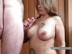 Matured swinger Sandie Marquez is swallowing a diseased cock
