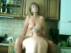 Stolen video of my gorgeous mommy having fun nigh dad