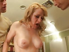 Mature in a throbbing run less stockigs want anal sex 2