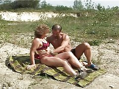Mature with compacted boobs big nipples gets be hung up on on lakeshore