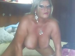 Mature Playing Mainly WebCam