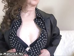 Brunette mature mom nigh sexy dastardly