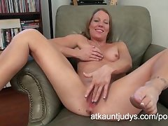 Alyssa Dutch masturbates on AuntJudys.com