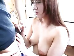 Hot asian milf slut blowjob undertaking