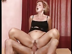 German Granny Laura Gets Pounded Out of doors Anal Draught